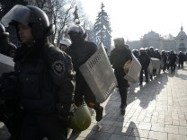 Ukraine; Kiew; Polizei; Opposition