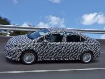 Der Toyota FCV, das erste Wasserstoffauto der Japaner.