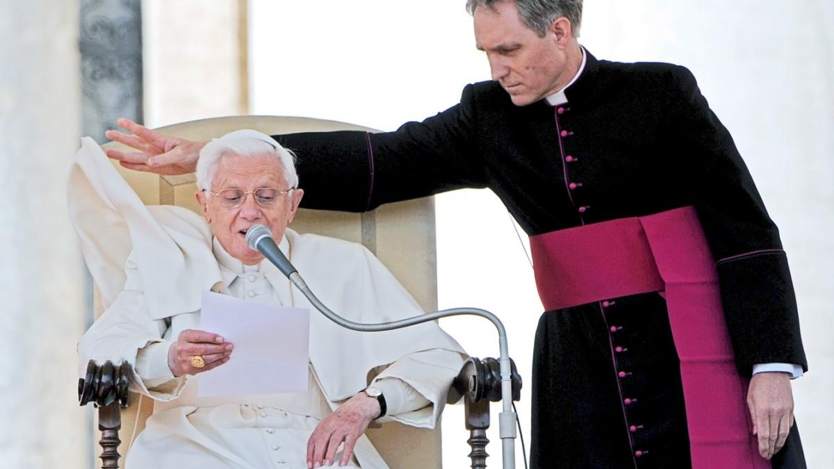 Gänswein enthüllt Details zu Papst Benedikts Rücktritt