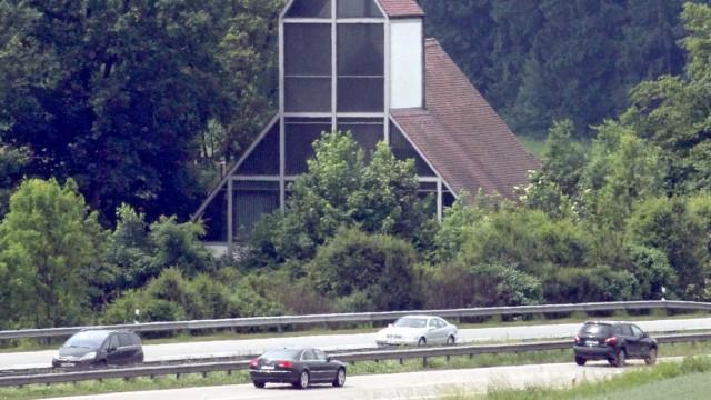 Eine Autobahnkirche an der A8 München - Stuttgart