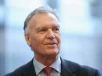 Bundestag Wrestles With Edathy Affair
