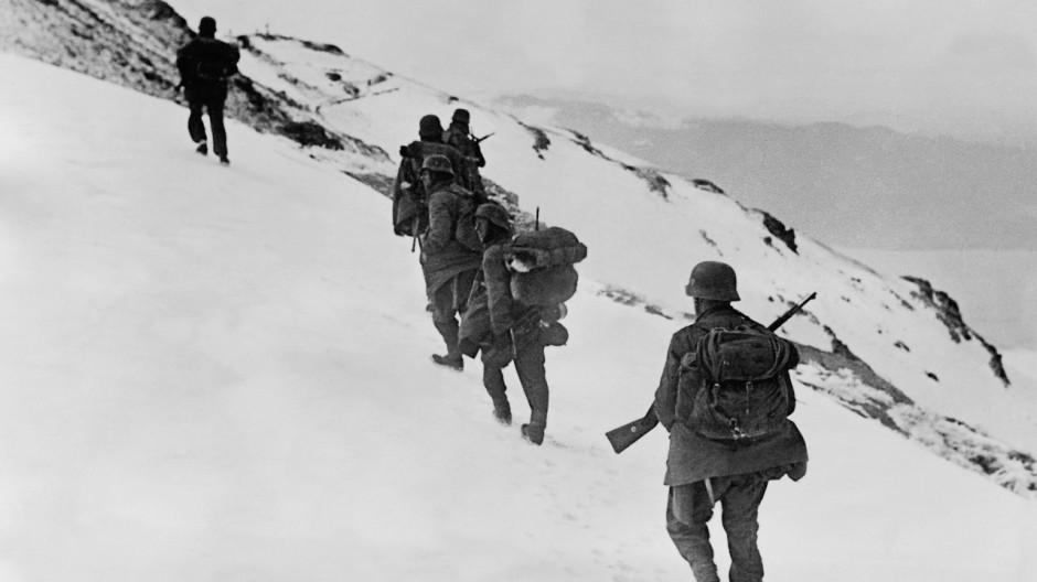 Deutsche Gebirgsjäger durchbrechen die Metaxaslinie, 1941