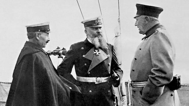 Wilhelm II., Alfred von Tirpitz und Helmuth von Moltke, 1912 Erster Weltkrieg