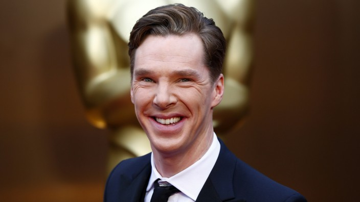 Actor Benedict Cumberbatch arrives at the 86th Academy Awards in Hollywood