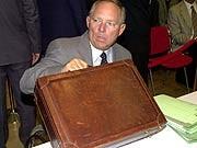 Koffer Wolfgang Schäuble