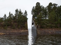 Denkmal Breivik Utoya Jonas Dahlberg