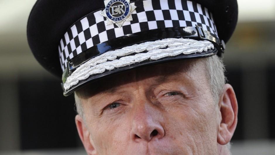 Bernard Hogan-Howe new Metropolitan Police commissioner