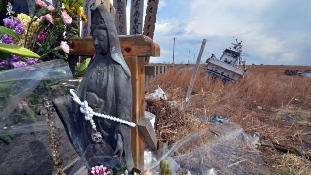 Erdbeben in Japan Drei Jahre nach Tsunami in Japan