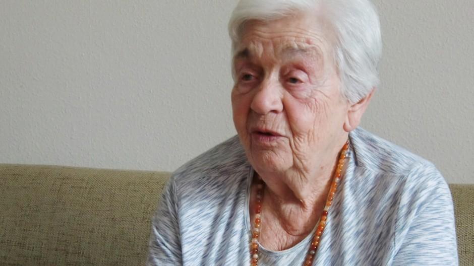 Lisa Mikova Holocaust-Überlebende Auschwitz