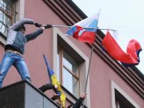 Ukraine Crisis - Donetsk pro-Russia rally