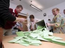 Stimmauszählung bei der Kommunalwahl in Fürstenfeldbrück, 2014