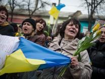 Crisis in Ukraine - Pro-Ukraine rally in Simferopol