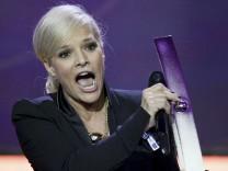 Ina Müller wird bei der Echo-Verleihung ausgezeichnet