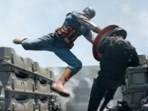 Kinostarts - 'Captain America 2: The Return Of The First Avenger'