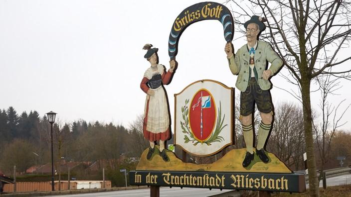 Miesbach Ortsschild