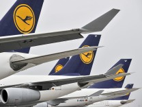 Lufthansa pilots on strike