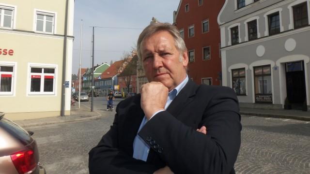 Er wolle niemanden verdächtigen, sagt Bürgermeister Bernhard Krempl (Freie Wähler), doch ins Grübeln kam er schon.