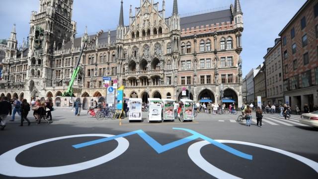 Stadtrat München Radler in der Fußgängerzone