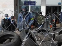 Prorussische Demonstranten in Donezk