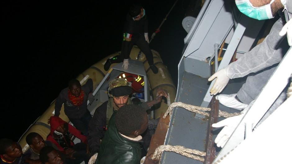 Flüchtlingsdrama vor Lampedusa Mittelmeer