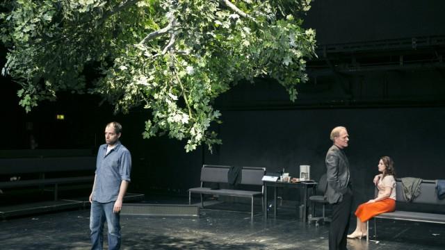 """Uraufführung """"Urteile"""" im Residenztheater"""