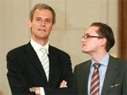 Bankvorstand Michael Kemmer und LB-Sprecher Lamminger, dpa