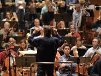Mariss Jansons dirigiert Symphonierorchester des Bayerischen Rundfunks in München, 2013