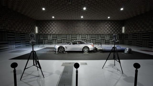 Testhalle für das Sounddesign bei Mercedes