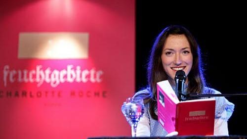 """""""Feuchtgebiete""""-Lesung mit Charlotte Roche"""