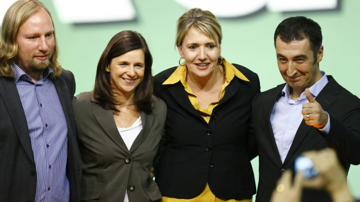 Parliamentary floor leaders of the environmental Greens party Hofreiter and Goering-Eckardt pose with new elected party leaders Peter and Oezdemir during party meeting in Berlin