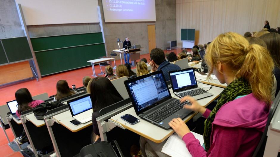 Juravorlesung in der Universität Potsdam