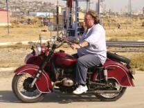 """Gérard Depardieu in der Doku """"Reise durch den Kaukasus"""""""