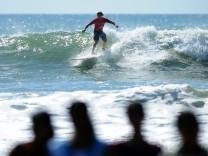 Australier Jared Neal bei einem Surfevent in Arugam Bay, Sri Lanka