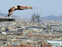 Blick vom Montjuïc auf Barcelonas Wahrzeichen Sagrada Família