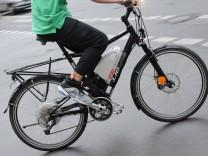 E-Bike Pedelec Fahrrad mit Elektroantrieb Risiken Straßenverkehr