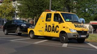 ADAC-Abschleppwagen Mercedes Sprinter
