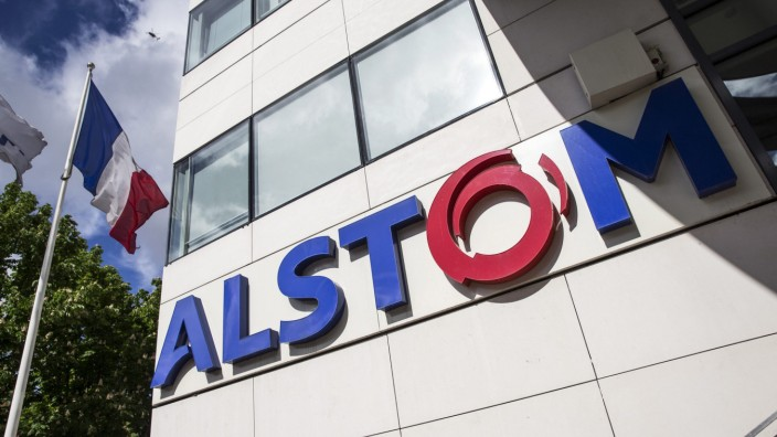 Alstom profits tumble as takeover talks continue