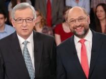 Jean-Claude Juncker und Martin Schulz in der Wahlarena