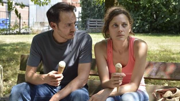 """Fabrizio Rongione und Marion Cotillard in """"Deux jours, une nuit"""""""