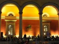 """Restaurant """"Kufflers California Kitchen"""" in der Alten Residenzpost in München, 2013"""