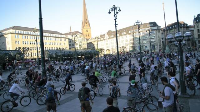 Die Critical Mass in Hamburg