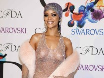 Singer Rihanna arrives for the CFDA Awards at Lincoln Center in New York