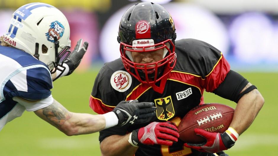 AMERICAN FOOTBALL EFAF EM GER vs FIN ST POELTEN AUSTRIA 30 MAI 14 DIVERS AMERICAN FOOTBALL E