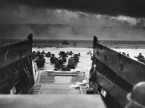 US-D-DAY-OMAHA BEACH