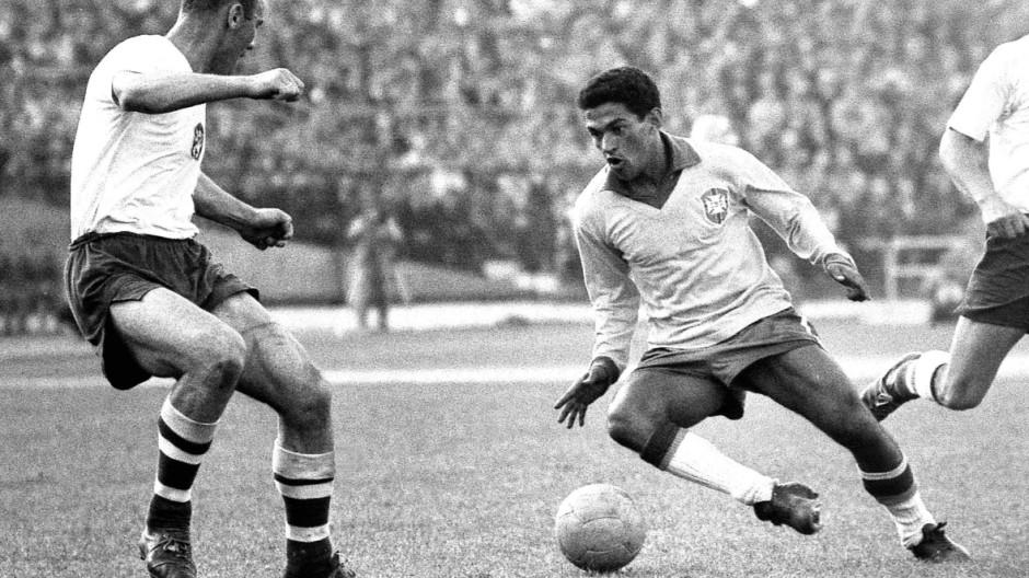 Fußball Weltmeisterschaft 1962 Finale Brasilien Tschechoslowakei 3 1 17 06 62 Garrincha re li