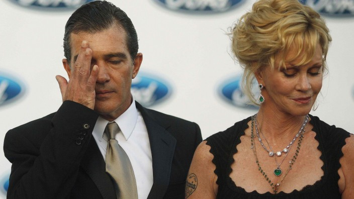 Spanish actor Banderas and his wife U.S. actress Griffith pose during a photocall after their arrival at the Starlite Charity Gala in Marbella