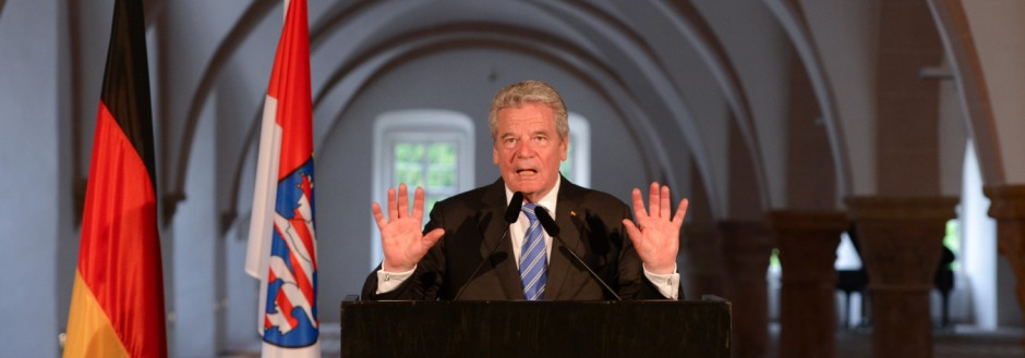 Bundespräsident Gauck NPD Spinner