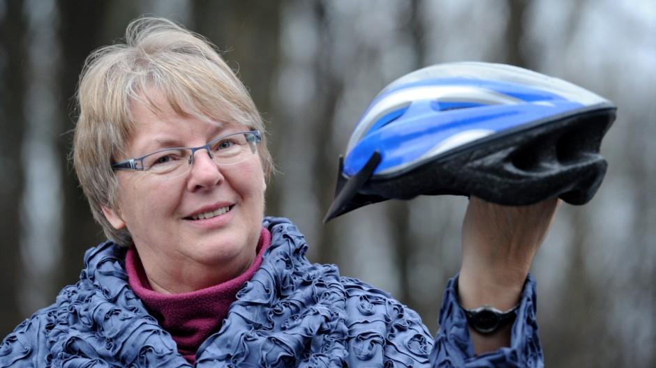 Sabine Lühr-Tanck zieht wegen Fahrradhelm-Urteil vor Gericht