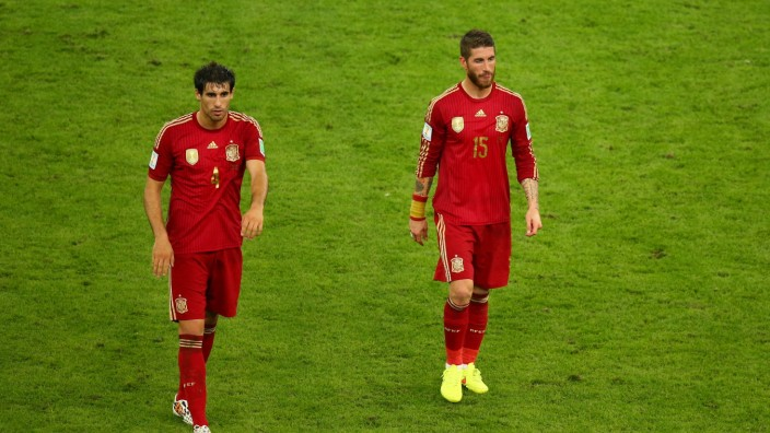 Spain v Chile: Group B - 2014 FIFA World Cup Brazil