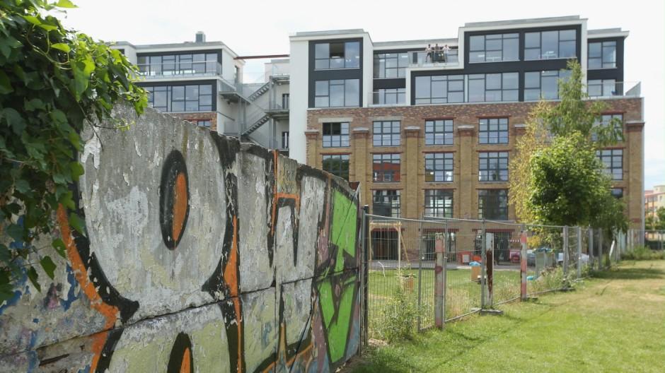 """Berlin lockt Talente aus der ganzen Welt an: Deshalb sitzen auch viele Start-ups in der Hauptstadt. In der """"Factory"""" zum Beispiel teilen sich 22 Start-ups die Räumlichkeiten."""